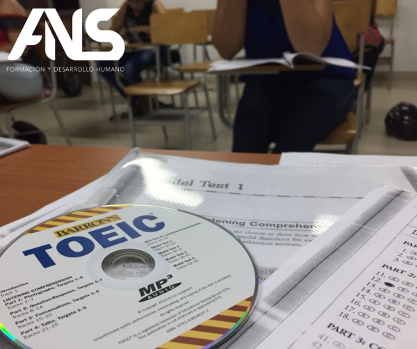 TOEIC  (Test of English for International Communication)